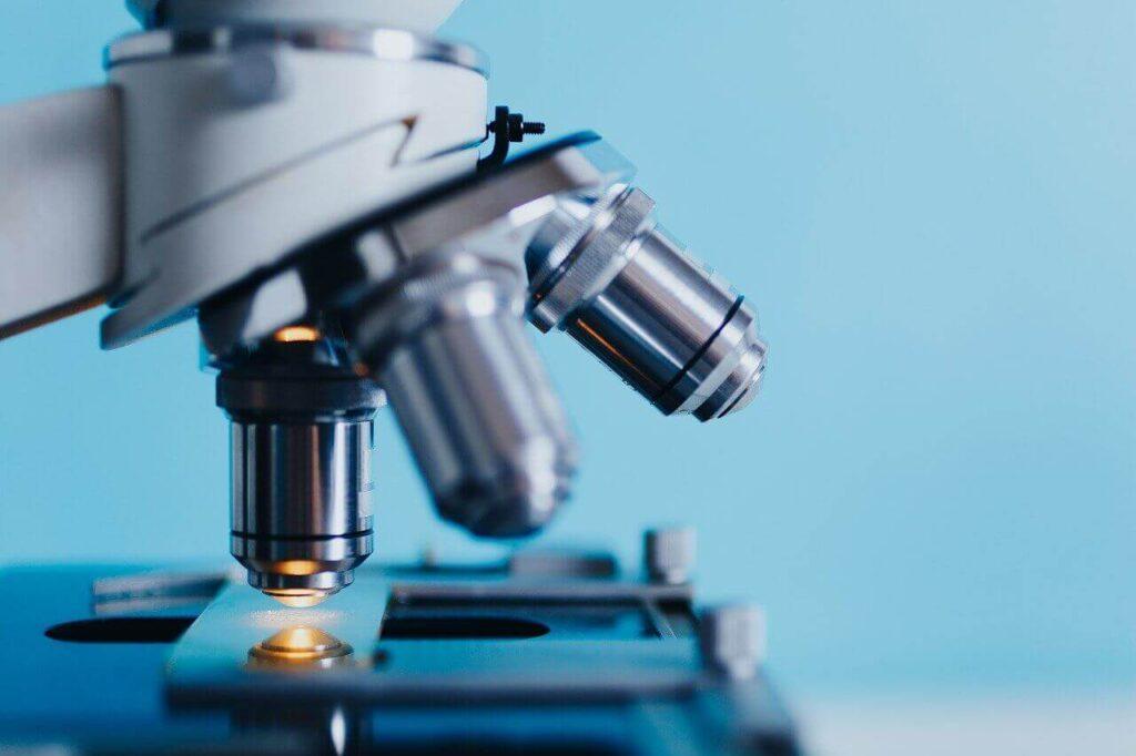 Microscope-scope-of-biochemistry-in-Pakistan